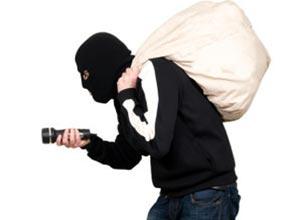 دزدیده شدن کابلها و پاسخ های اداره مخابرات زابل به شهروندان